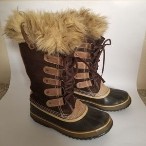 Sorel Joan of Arctic Snow Boots Lace up Leather